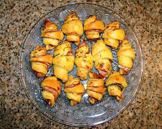 recette Mini-croissants au fromage frais, au saumon fumé et à l'aneth