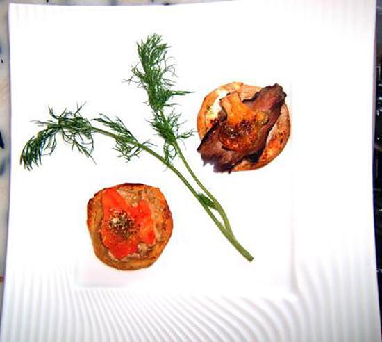 recette toasts apéritifs aux magret et aux tomates