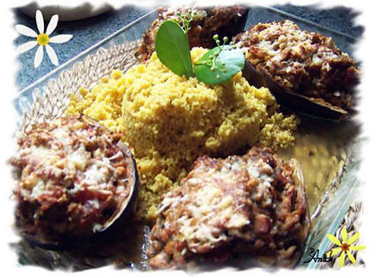 recette Aubergines Farcies au Thon  de Ana Luthi et Froufrous de courgettes