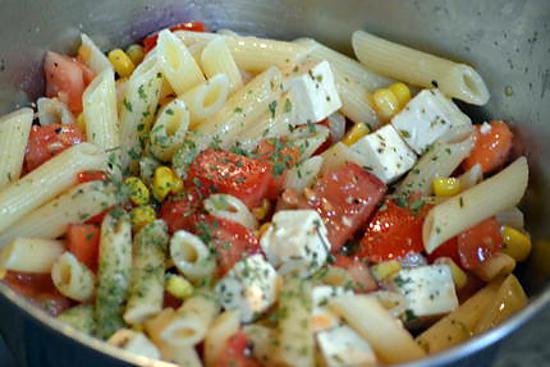 recette de salade de pâtes à la feta rapide