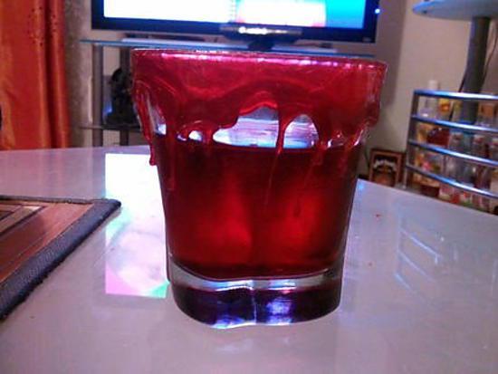 recette Cocktail du vampire et sa décoration sanguinolante