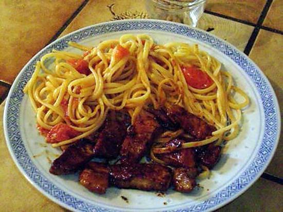 recette pâtes udon au porc caramélisé