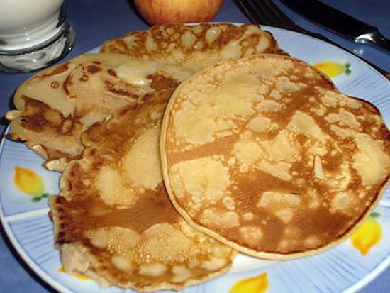 recette de pancakes ou cr pes paisses aux pommes. Black Bedroom Furniture Sets. Home Design Ideas