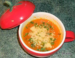 recette de soupe tomates courgette. Black Bedroom Furniture Sets. Home Design Ideas