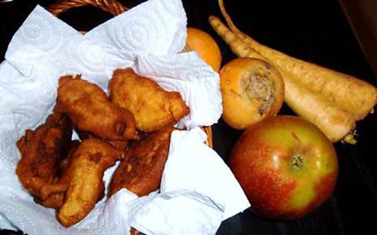 recette je ne peux pas laisser passer l'occasion de Carnaval sans vous donner une recette de beignets. Bien sûr une recette médiévale!!! D'ailleurs Carnaval était l'occasion de grandes fêtes dans les villages et dans les châteaux.