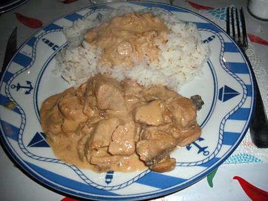 Recette de saut de porc sauce aux champignons - Saute de porc cocotte minute ...