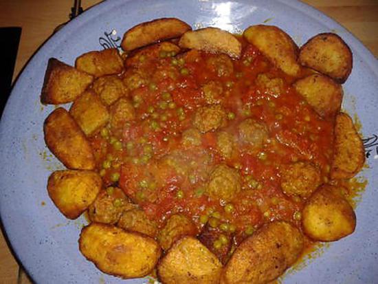 Recette de petits pois aux boulettes de viande en sauce - Boulette de viande en sauce ...