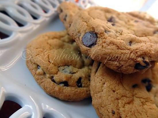 recette de biscuits mo lleux aux grains de chocolat le parfait biscuit. Black Bedroom Furniture Sets. Home Design Ideas