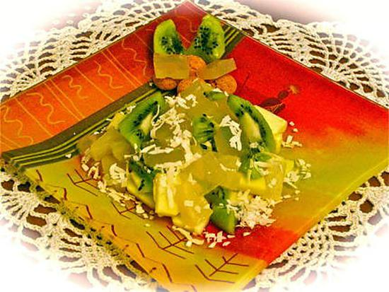 recette SALADE DE FRUITS A LA GELEE D'ORANGE .