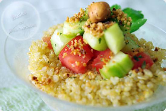 recette Quinoa au thon, crudités et noisettes pilées