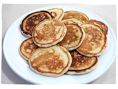recette de v ritables pancakes am ricain yummy. Black Bedroom Furniture Sets. Home Design Ideas