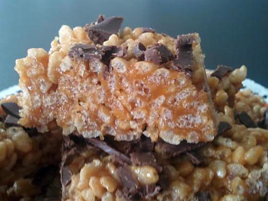 recette de squares rice krispies au caramel beurre sal. Black Bedroom Furniture Sets. Home Design Ideas