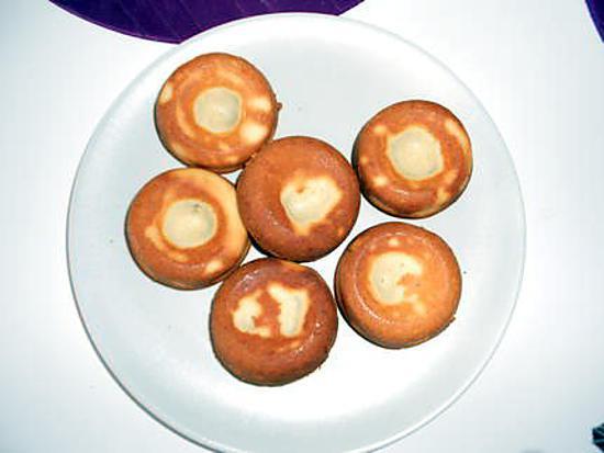 recette Muffins a la vanille avec coulis de chocolat noir (merci ninie24 pour les muffins)