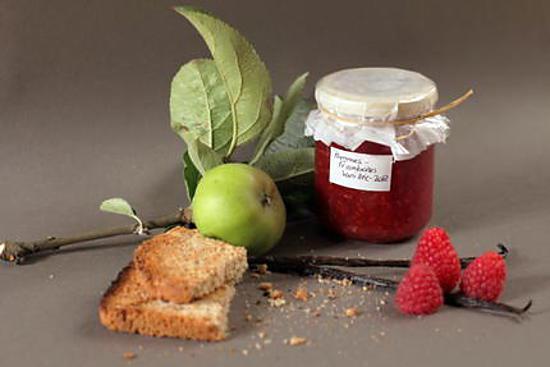 recette Confiture légère Pommes - Framboises vanillée