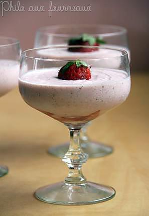 recette Mousse aux fraises à la ricotta vanillée & aux zestes de citron