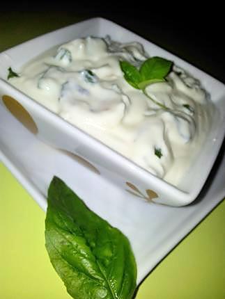 recette Sauce créme d'ail et basilic