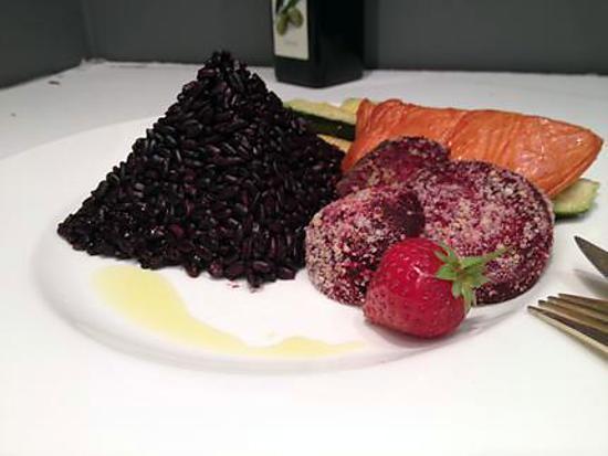 recette Pavé de saumon fumé & pyramide de riz nérone