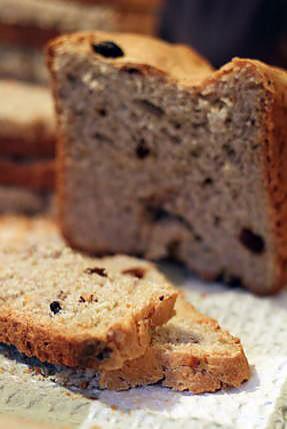 recette Pain sucré au son de blé, noix, raisins secs et rhum