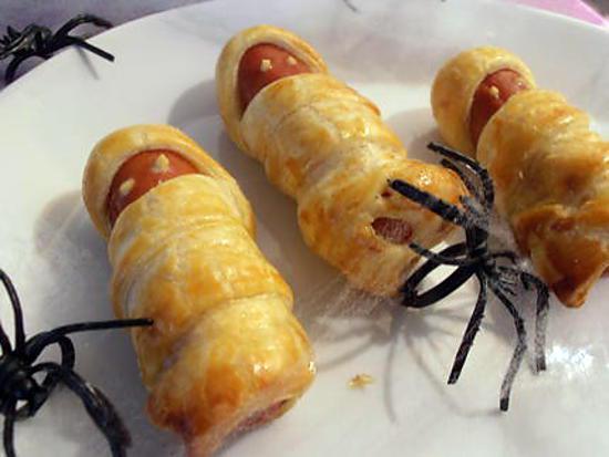 Recette de des saucisses momie fi es halloween - Entree halloween facile ...