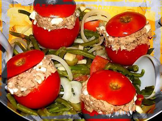 recette de salade de haricots verts tomates farcies aux rillettes de thon. Black Bedroom Furniture Sets. Home Design Ideas