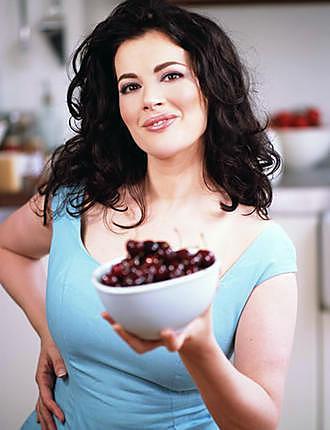 recette Petits pots macarones aux deux chocolats de Nigella Lawson