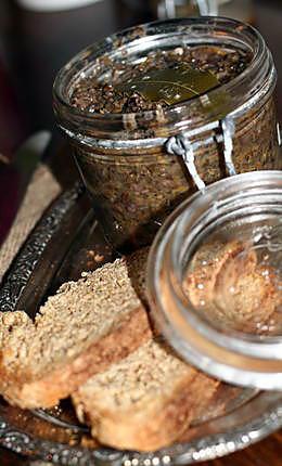 recette Tartinade forestière de girolles et d'oignons glacés
