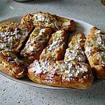 recette repas du dimanche soir : croissants , pains au lait , brioche tranchee , tout fourré de creme d'amandes