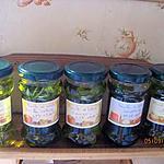 recette Huile d'olive parfumée aux aromates.