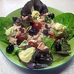 recette Plat garni, au saumon, crevettes, olives, fromage, basilic. mayonnaise.