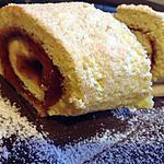 Biscuit roulé à la confiture de fraise