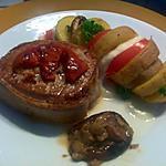 Tournedos de boeuf, pommes de terre aux tomates et mozzarella(10)