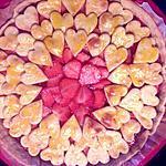 recette Tarte aux fraises sur coulis de rhubarbe, ...avec décor coeurs pour la fête de ma maman(9)