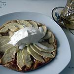 Tarte fine aux pommes, caramel beurre salé et chantilly