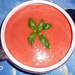 Soupe froide a la tomate