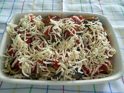 Involtini d'aubergine farcis aux pâtes à la tomate 430