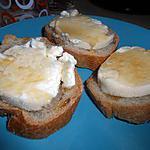 recette Tartines de chèvre chaud et miel
