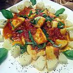 recette Lamelles d'encornet à la sauce tomates au vin blanc.