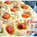 Focaccia italienne aux tomates