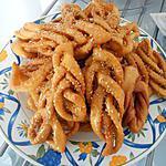 recette Chebakias (bugnes plongée dans le sirop de sucre)