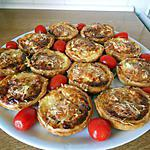 recette Tartelettes  apéro, lardons, camembert.