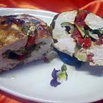 recette Escalopes de poulet garnies aux petits légumes.