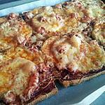 recette Mizza aux knackis et mozzarella
