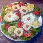 recette salade avocat, tomate, oeufs à la mimosas à l'ail