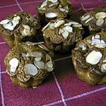 recette Petits gâteaux au sirop de framboises et aux amandes