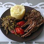 recette carré d'agneau origan et romarin , haricots verts et sa purée maison a la muscade