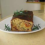 recette cake aux tomates séchées ,blanc de dinde ,fromage