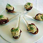 Cuillères de chantilly de foie gras et de magret de canard fumé