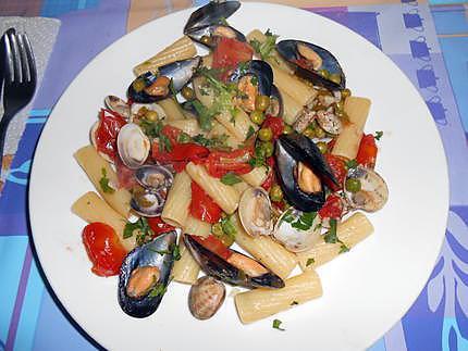 Tortiglioni allo marinara (italie) 430
