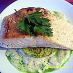 recette pavé de saumon aux petits légumes, sauce blanche et jus de persil