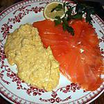 recette Oeufs brouillés au saumon fumé